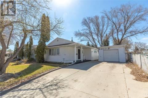 House for sale at 2312 7th St E Saskatoon Saskatchewan - MLS: SK771579