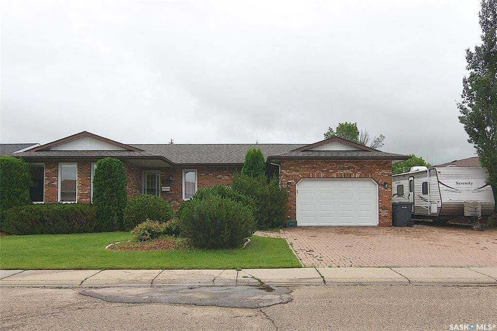 House for sale at 2312 Meadow Lark Ln North Battleford Saskatchewan - MLS: SK815735
