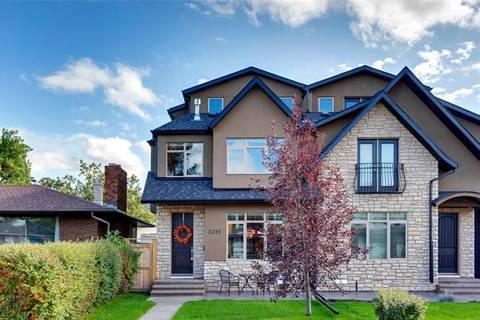 Townhouse for sale at 2315 23 Ave Southwest Calgary Alberta - MLS: C4271263