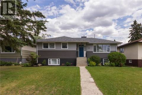 House for sale at 2315 Broadway Ave Saskatoon Saskatchewan - MLS: SK777367