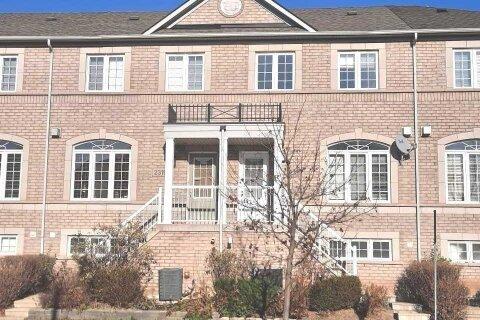Townhouse for rent at 2317 Sutton Dr Burlington Ontario - MLS: W4992360