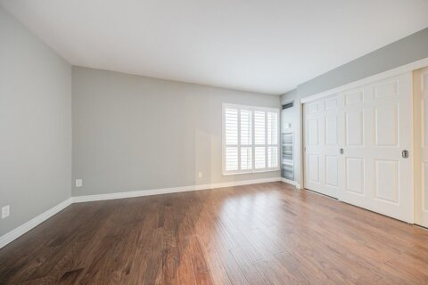 Apartment for rent at 25 The Esplanade  Unit 2318 Toronto Ontario - MLS: C5055300
