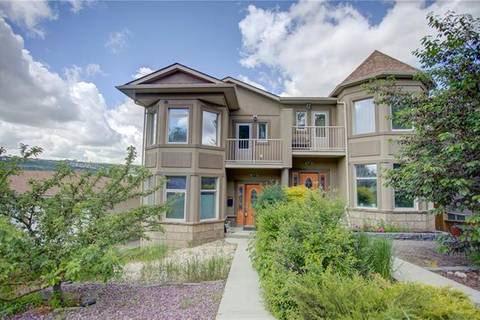 Townhouse for sale at 2319 48 St Northwest Calgary Alberta - MLS: C4256411