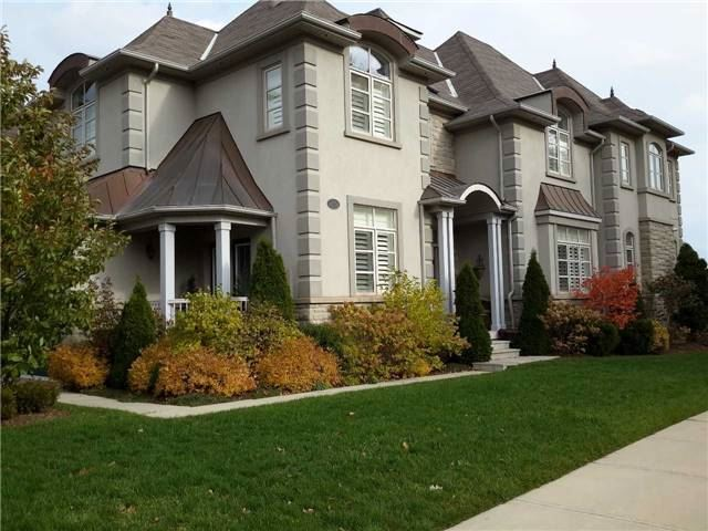 For Sale: 2319 Colonel William Parkway, Oakville, ON | 4 Bed, 4 Bath Townhouse for $1,696,000. See 20 photos!