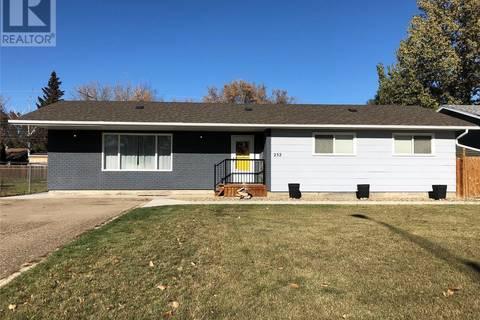 House for sale at 232 28th St Battleford Saskatchewan - MLS: SK804500