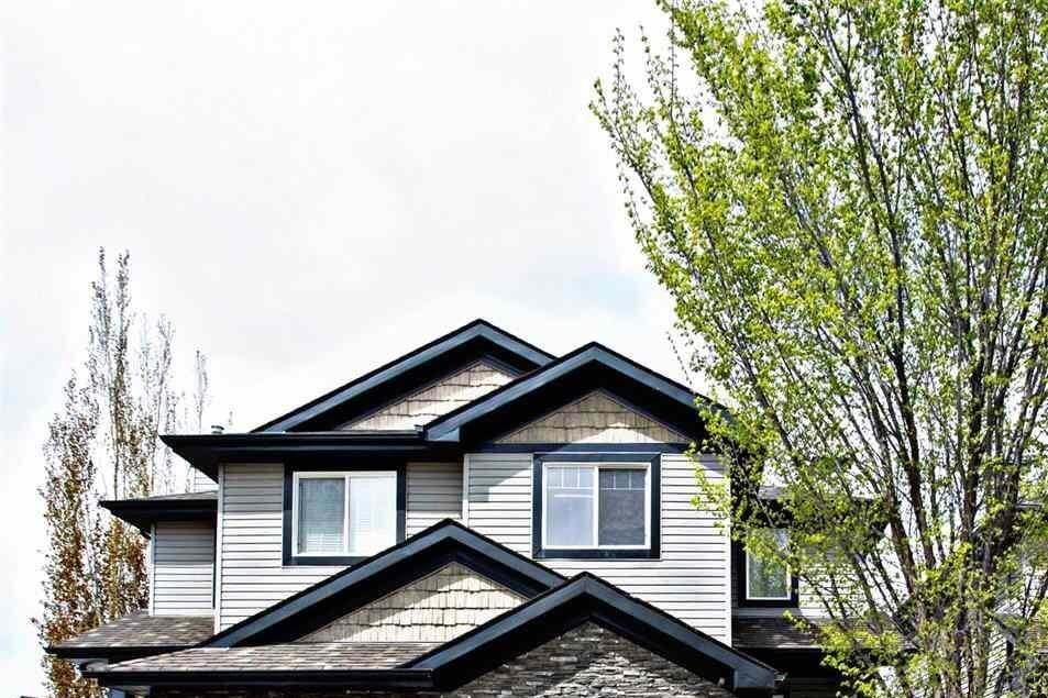Townhouse for sale at 2320 Lemieux Pl NW Edmonton Alberta - MLS: E4198271