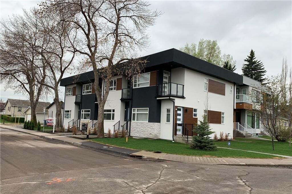 Townhouse for sale at 2321 1 St NW Tuxedo Park, Calgary Alberta - MLS: C4296650
