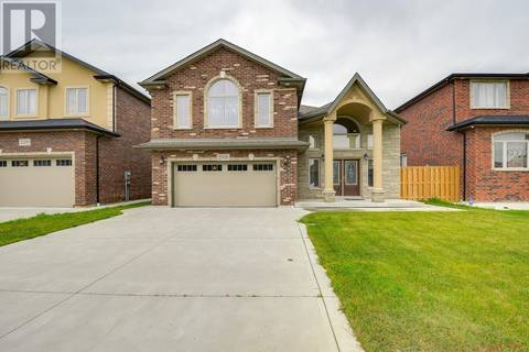 House for sale at 2321 Rankin  Windsor Ontario - MLS: 19020041