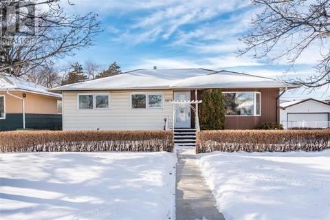 House for sale at 2326 Broadway Ave Saskatoon Saskatchewan - MLS: SK799301