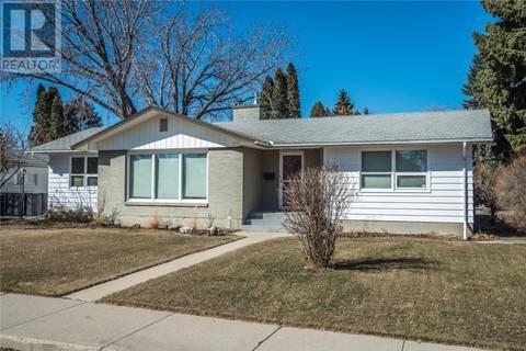House for sale at 2326 Eastlake Ave Saskatoon Saskatchewan - MLS: SK770200