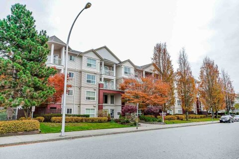 Condo for sale at 8068 120a St Unit 233 Surrey British Columbia - MLS: R2515329
