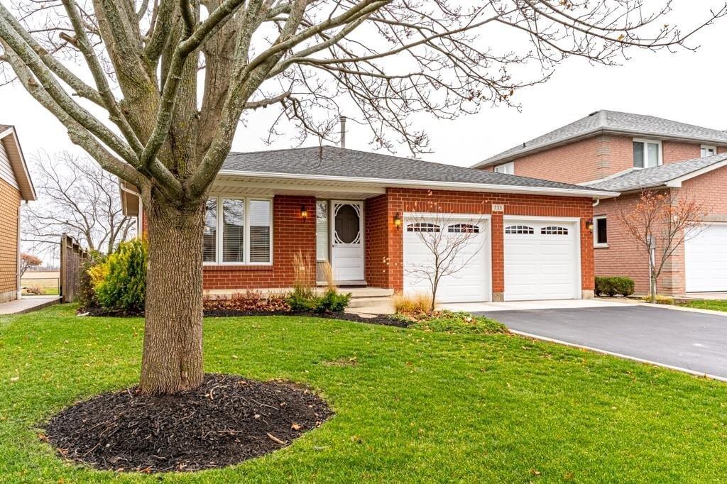 House for sale at 233 Alderlea Ave Glanbrook Ontario - MLS: H4093900