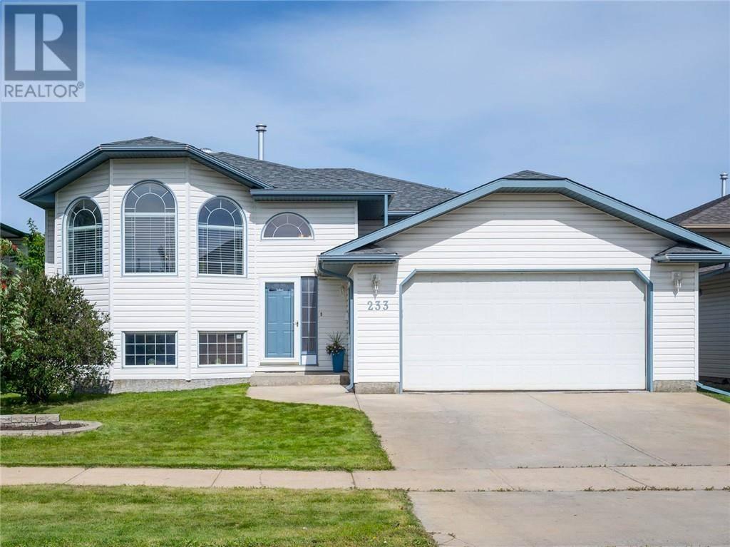 House for sale at 233 Boisvert Pl Fort Mcmurray Alberta - MLS: fm0178109