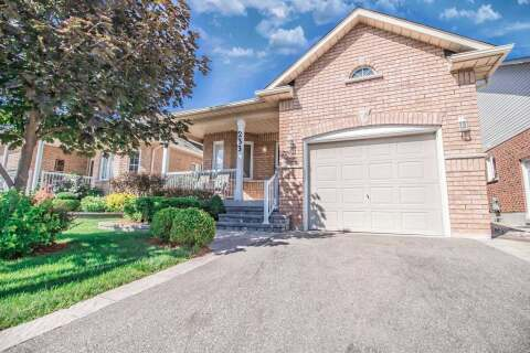House for sale at 233 Centennial Forest Dr Milton Ontario - MLS: W4859189