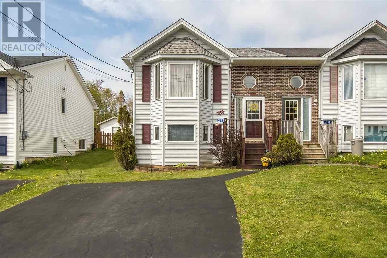 House for sale at 233 Charles Rd Timberlea Nova Scotia - MLS: 202008768
