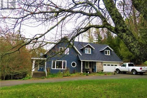House for sale at 233 Lakeside Rd Hampton New Brunswick - MLS: NB023923