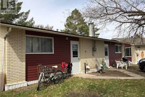 Townhouse for sale at 233 Moore St Foam Lake Saskatchewan - MLS: SK770554