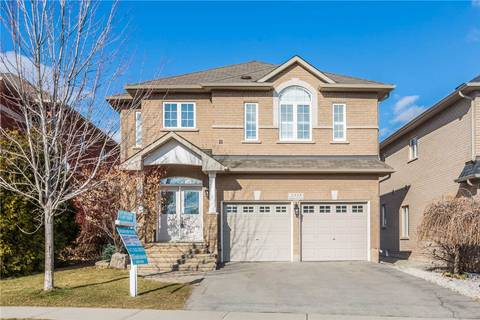 House for sale at 2333 Baronwood Dr Oakville Ontario - MLS: W4723777