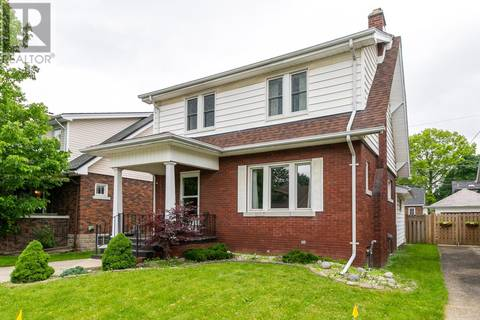 House for sale at 2333 Windermere  Windsor Ontario - MLS: 19020409