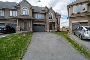 Townhouse for sale at 2338 Natasha Circ Oakville Ontario - MLS: O4738686