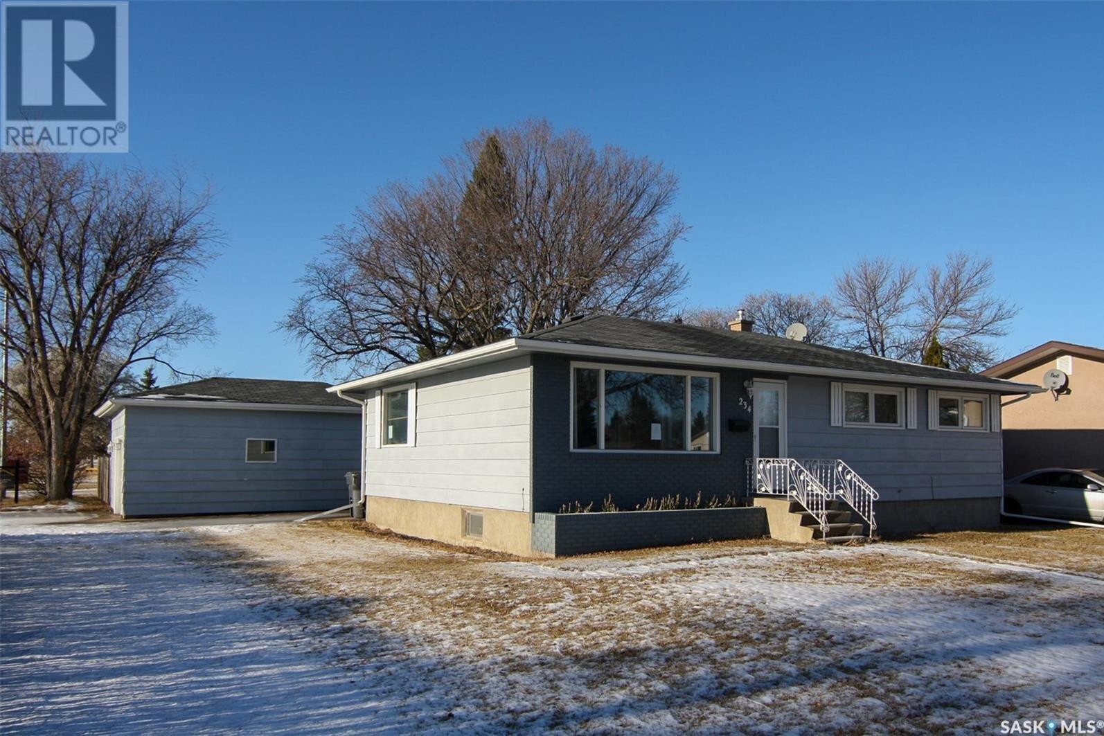House for sale at 234 Dalebrooke Dr Yorkton Saskatchewan - MLS: SK827953