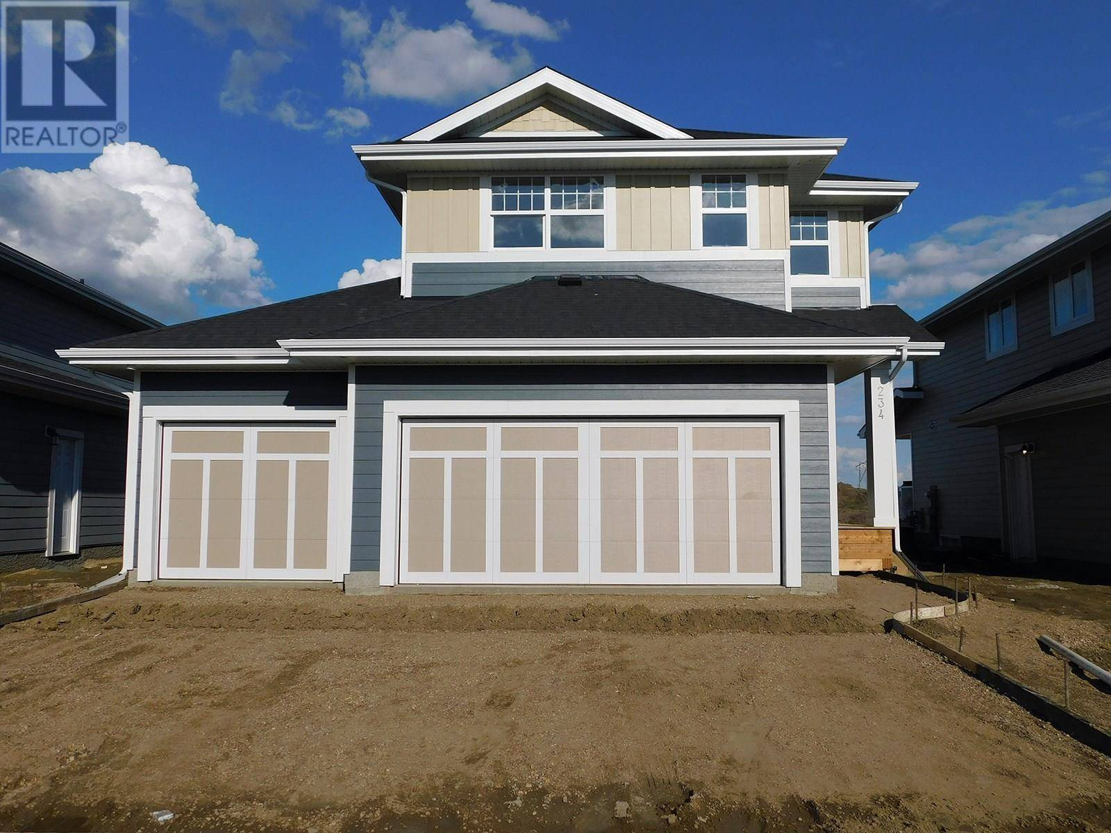 House for sale at 234 Stilling Un  Saskatoon Saskatchewan - MLS: SK753484