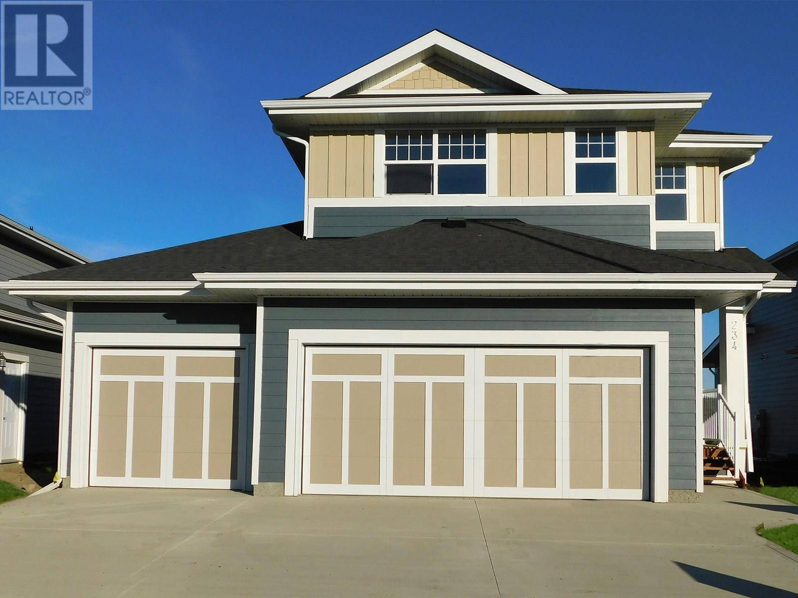 House for sale at 234 Stilling Un  Saskatoon Saskatchewan - MLS: SK787844