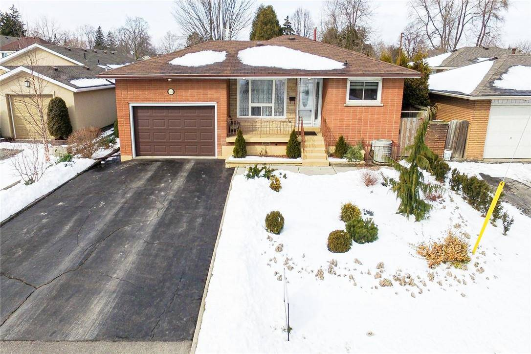 House for sale at 234 15th St West Hamilton Ontario - MLS: H4072498