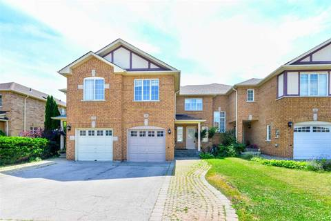 Townhouse for rent at 2340 Newcastle Cres Oakville Ontario - MLS: W4519145