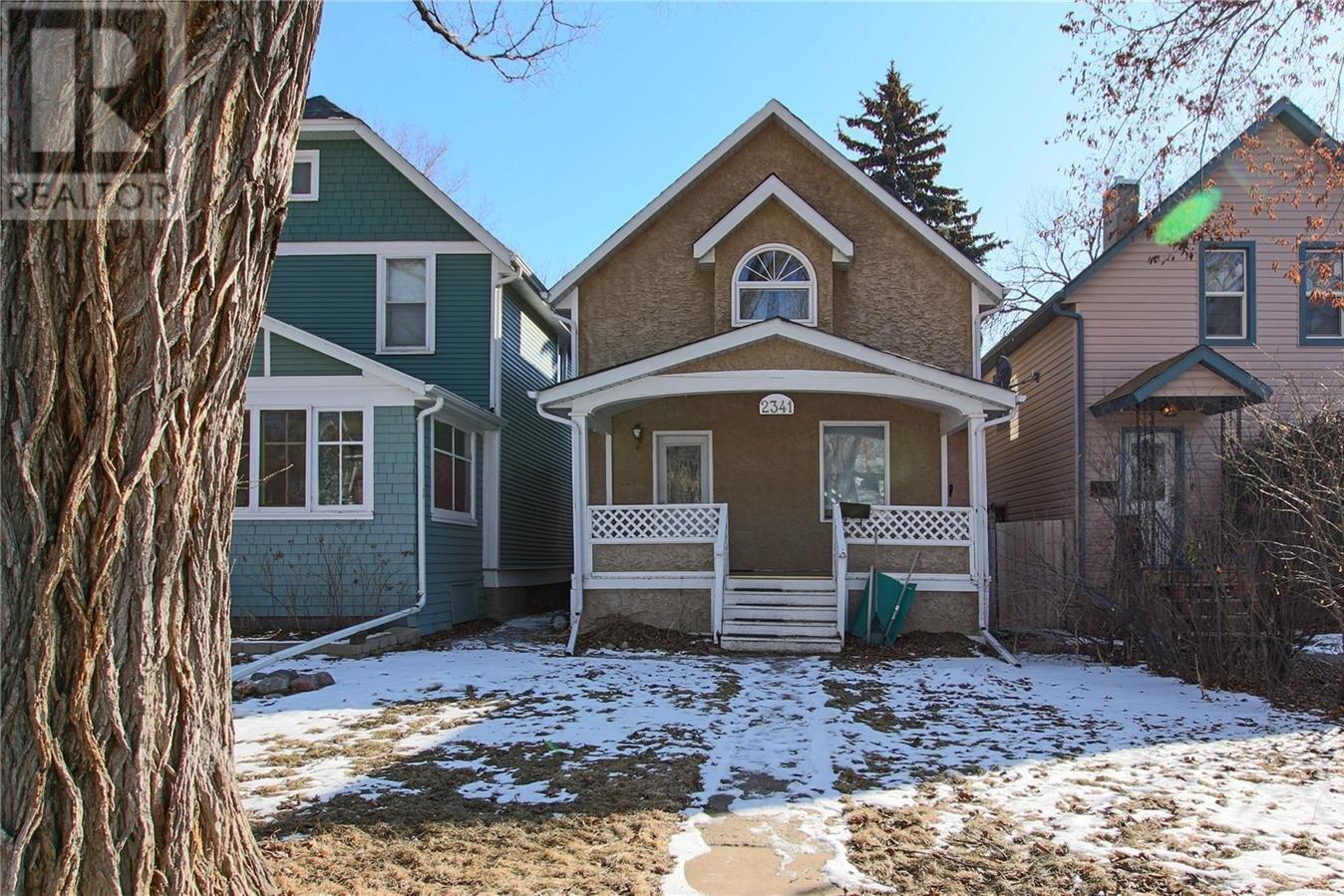 House for sale at 2341 Robinson St Regina Saskatchewan - MLS: SK833355