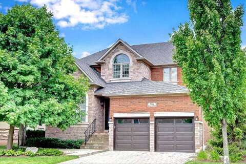 House for sale at 2344 Presquile Dr Oakville Ontario - MLS: W4815866