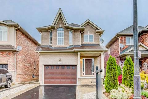 House for sale at 2347 Woodstock Tr Oakville Ontario - MLS: W4623439