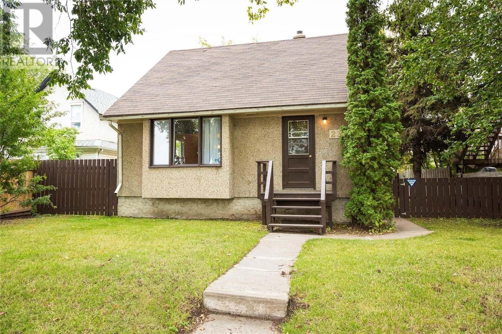House for sale at 235 15th St W Prince Albert Saskatchewan - MLS: SK827293
