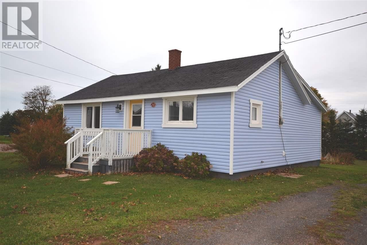 House for sale at 235 Main St Borden-carleton Prince Edward Island - MLS: 202022394