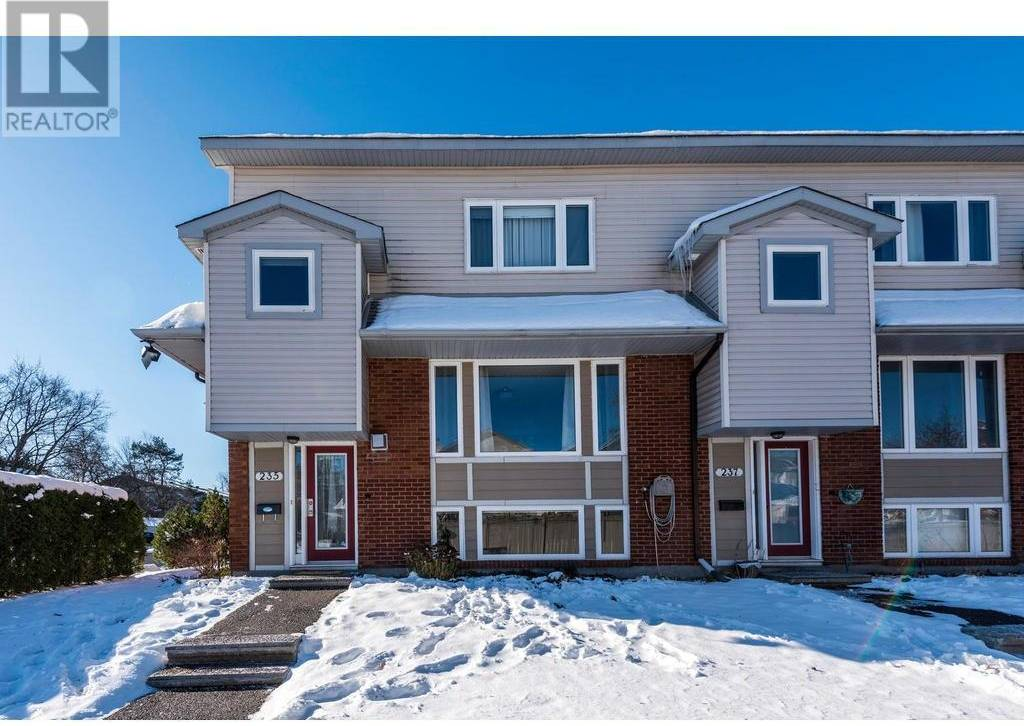 Townhouse for sale at 235 Monterey Dr Ottawa Ontario - MLS: 1175599