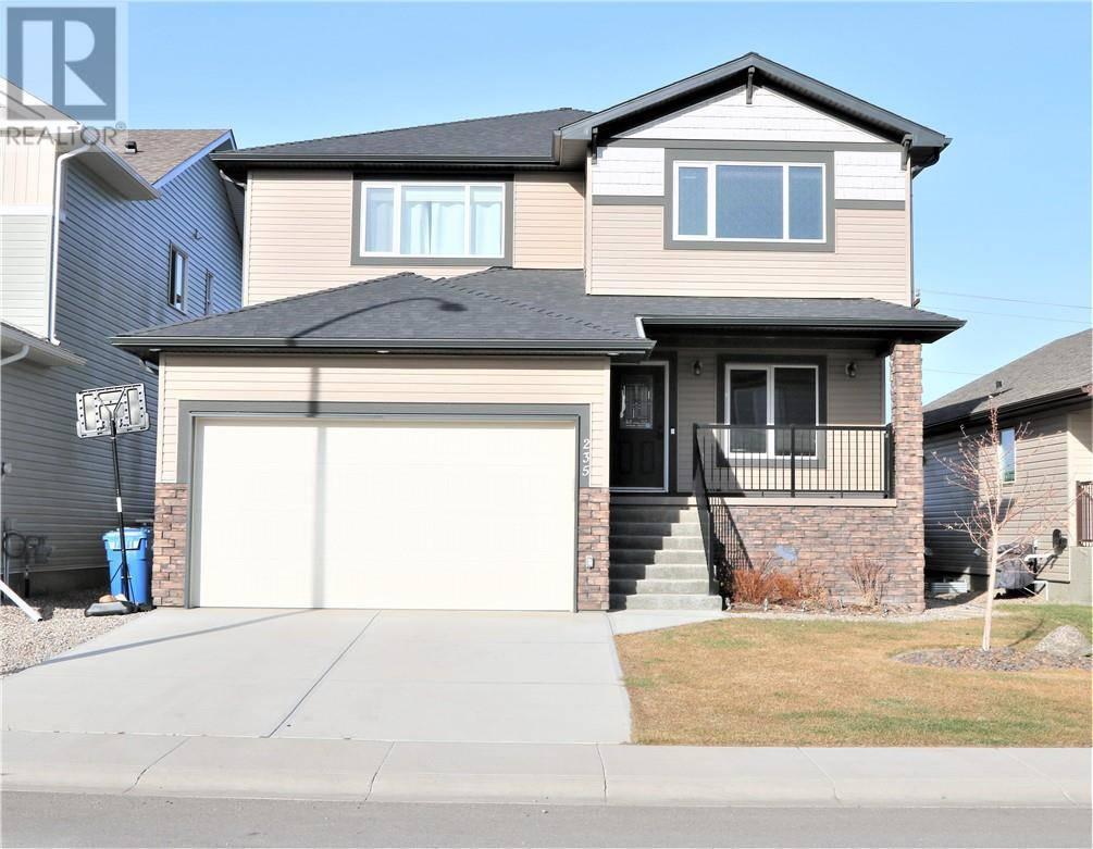 House for sale at 235 Northlander Bend W Lethbridge Alberta - MLS: ld0183974