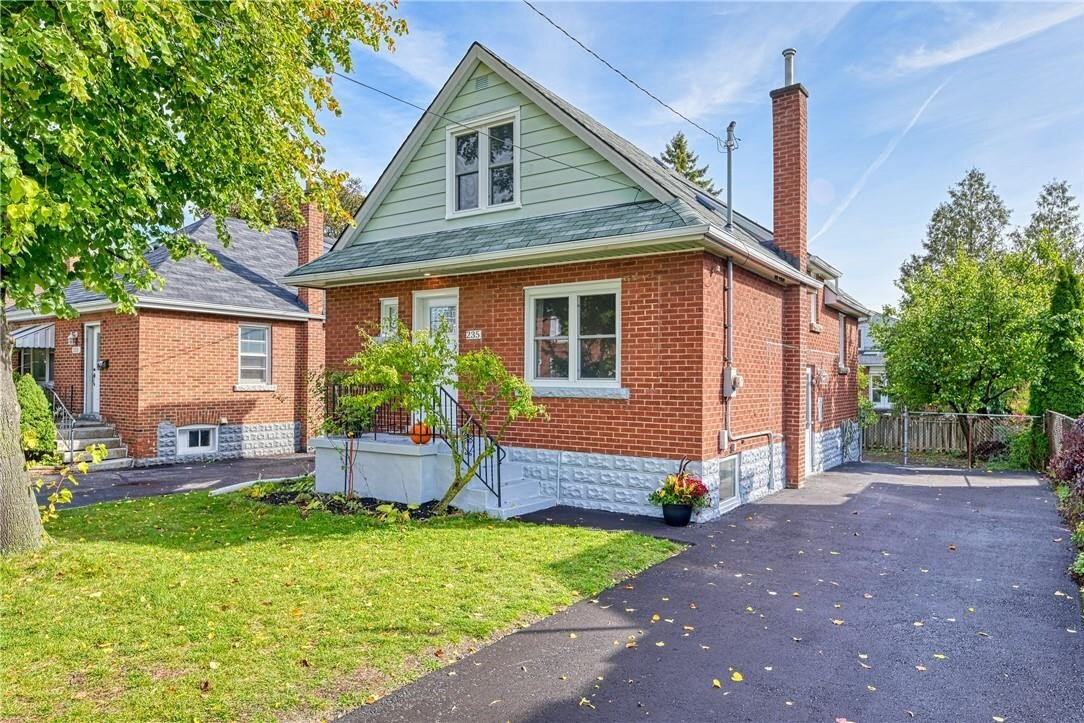 House for sale at 235 Rosewood Rd Hamilton Ontario - MLS: H4090363