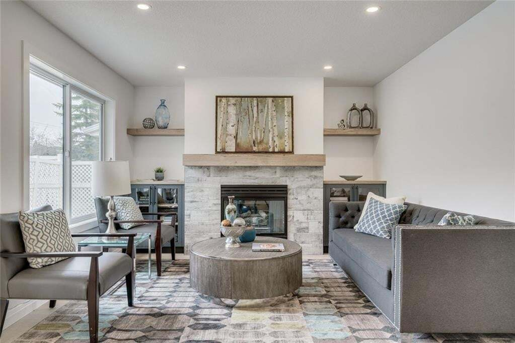 House for sale at 235 Sierra Morena Gr SW Signal Hill, Calgary Alberta - MLS: C4296266
