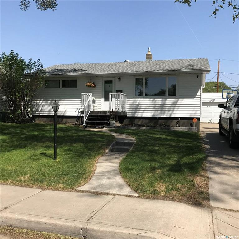 For Sale: 235 Toronto Street North, Regina, SK   3 Bed, 2 Bath House for $329,900. See 40 photos!