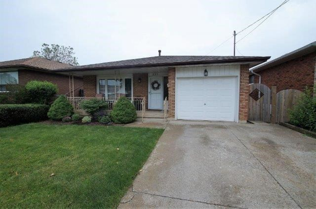 Sold: 235 West 17th Street, Hamilton, ON