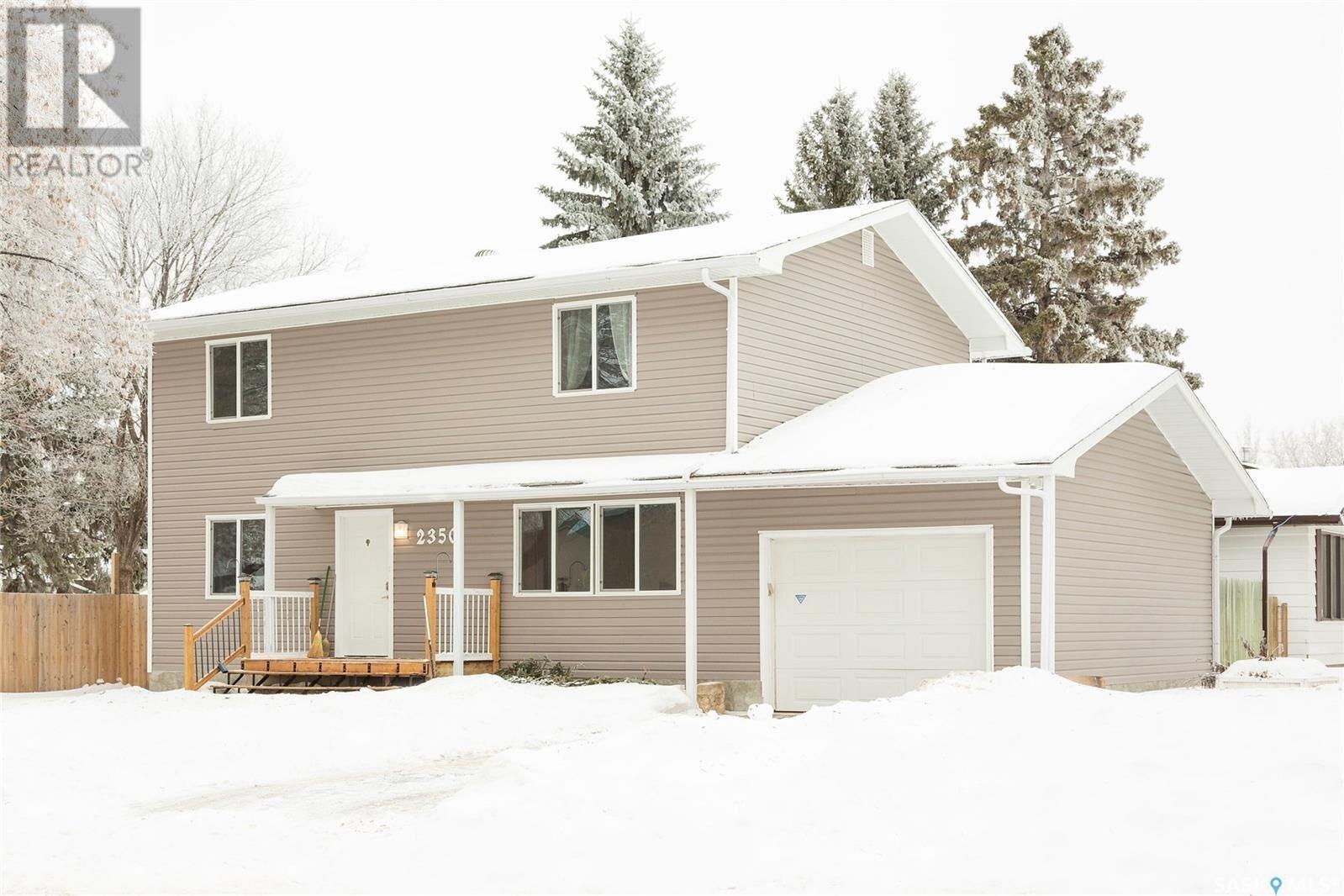 House for sale at 2350 7th Ave W Prince Albert Saskatchewan - MLS: SK823525