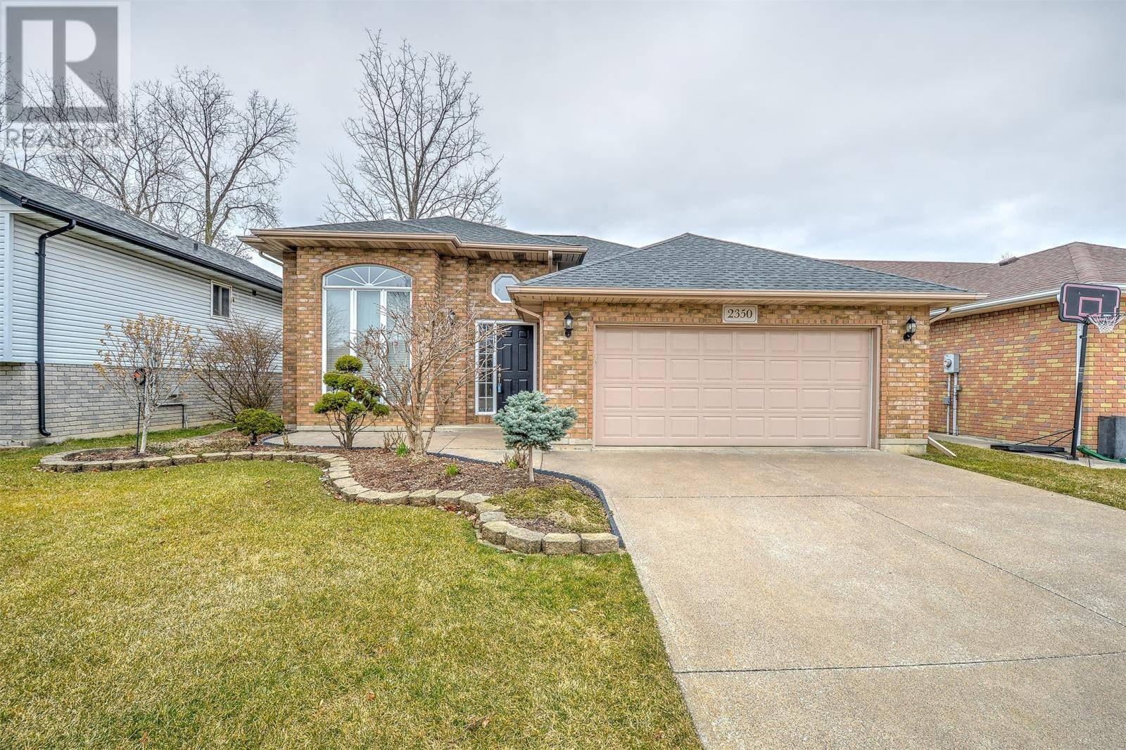 House for sale at 2350 California Ave Windsor Ontario - MLS: 20003440