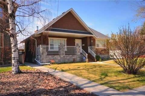 House for sale at 2351 22 St Northwest Calgary Alberta - MLS: C4282398