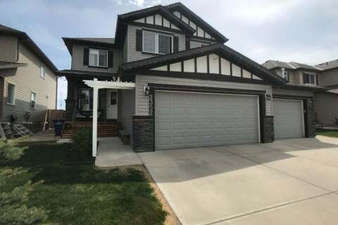 Townhouse for sale at 2352 Baywater Cres Southwest Airdrie Alberta - MLS: C4299744