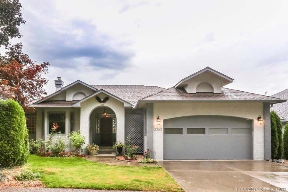 House for sale at 2352 Capistrano Dr Kelowna British Columbia - MLS: 10215632