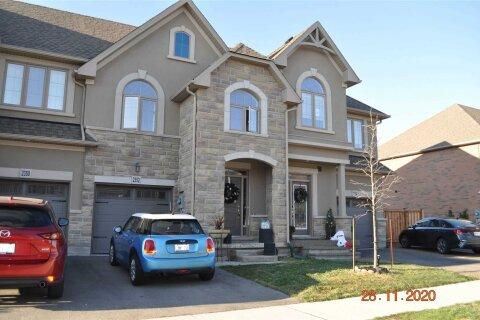 Townhouse for rent at 2352 Natasha Circ Oakville Ontario - MLS: W5001249
