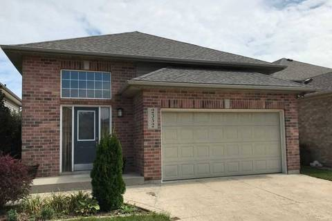 House for sale at 2352 Waterford Ave Windsor Ontario - MLS: X4576774