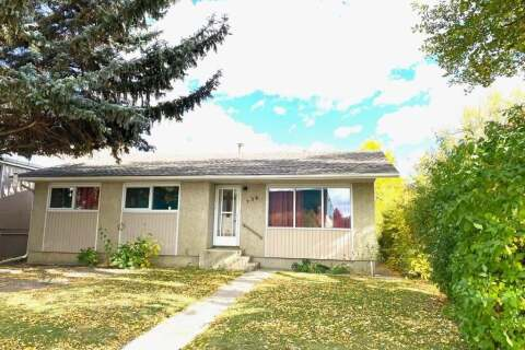 House for sale at 236 1  St W Brooks Alberta - MLS: A1037534