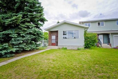 Townhouse for sale at 236 Centre St Strathmore Alberta - MLS: C4280827