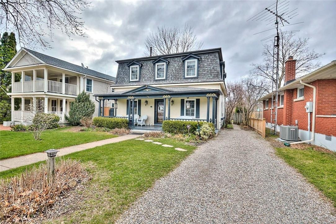 Home for sale at 236 King St Niagara-on-the-lake Ontario - MLS: H4082206